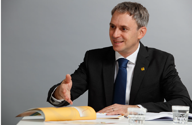 Dr. Gerhard Klicka
